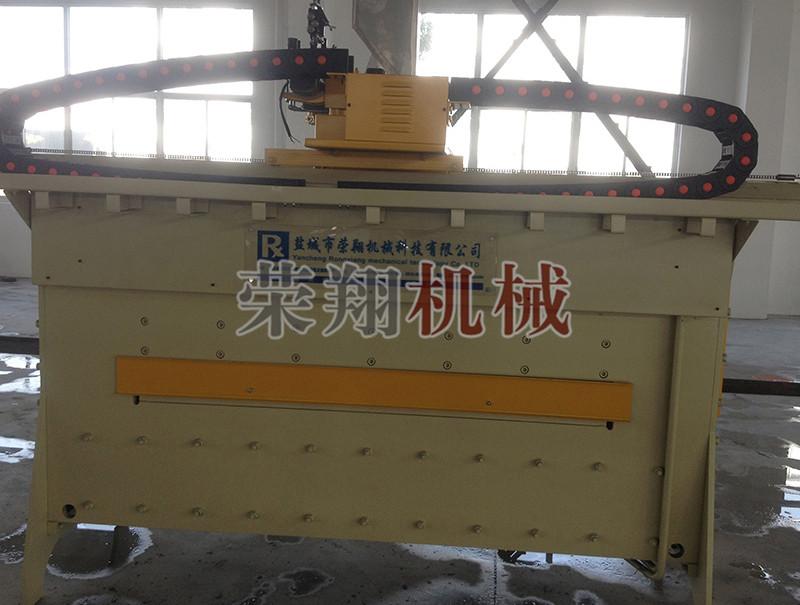复合耐磨板堆焊机