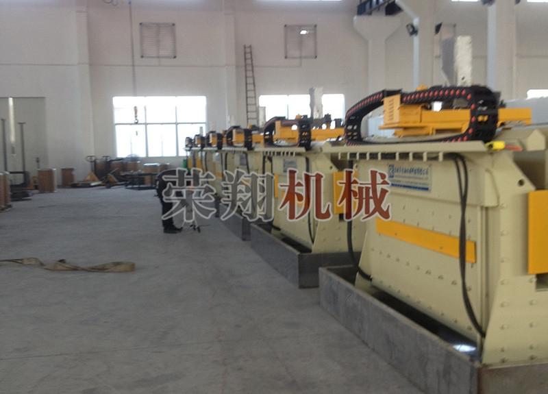 自动耐磨板堆焊机